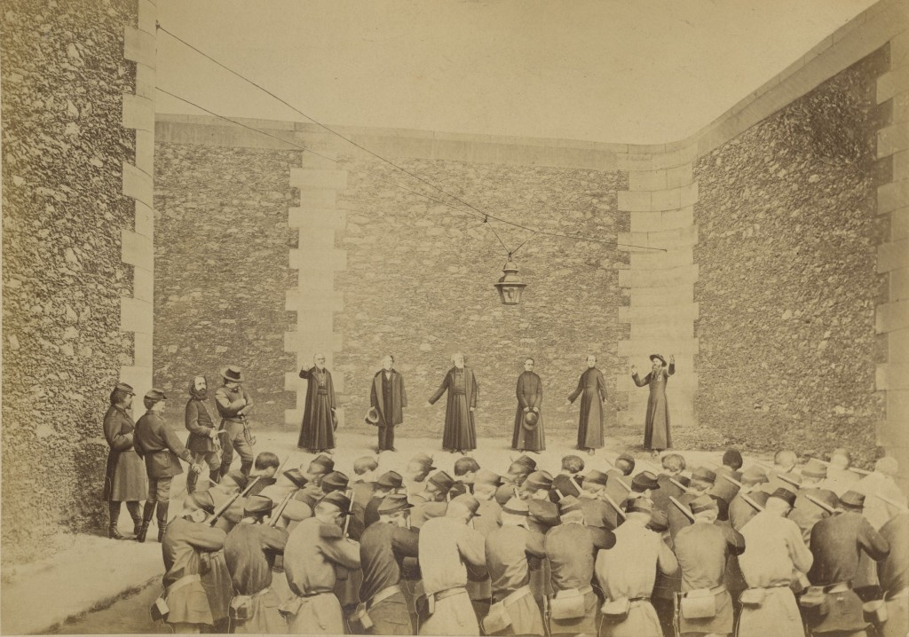 Exécution des otages, prison de la Roquette, le 24 mai 1871. Metropolitan Museum of Art, online database: entry 302335